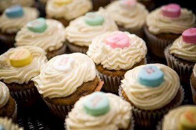 Baby Shower Cupcakes: Banana Chocolate Cupcakes with Macadamia Nut Butter Frosting