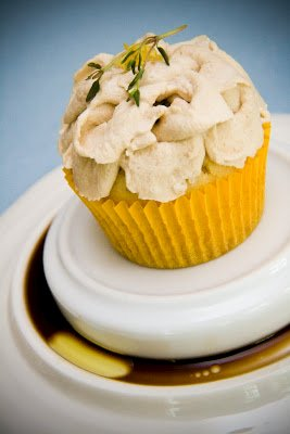 Olive Oil Cupcakes with Lemon, Thyme, and a Balsamic Vinegar Whipped Cream: Weird Thyming