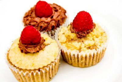Raspberry Cupcakes with Lemon and Chocolate: A Vere Inspired Cupcake