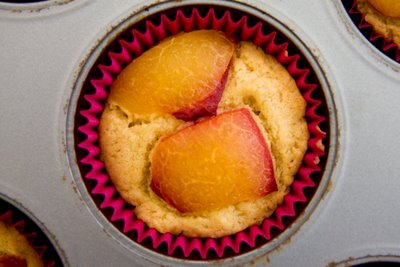 Plum Cupcakes: Almost Like Plum Tarts