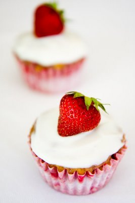 Strawberry Banana Cupcakes | Cupcake Project