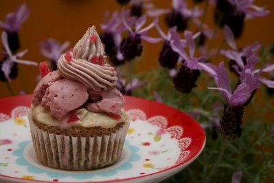 Cup O' Tea Vegan/Wheat-Free Ice Cream Cupcake by Tara Tabassi
