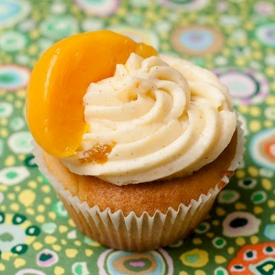 Peaches and Cream Cupcakes | Cupcake Project