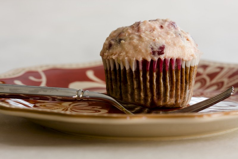 Chocolate Cranberry Cheesecake Cupcakes