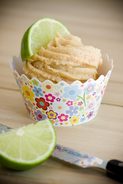 Key Lime Pie Cupcakes – Upside-Down Key Lime Pies