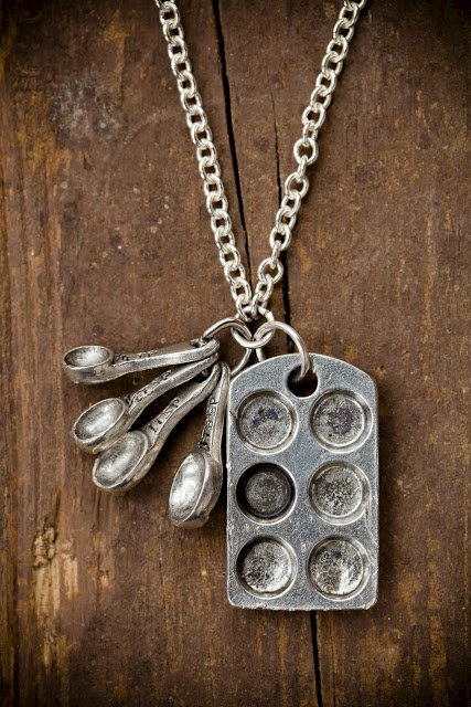 Cupcake Lover Charm Necklace Giveaway