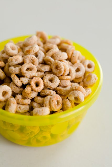 Homemade Frosted Cheerios in Three Minutes