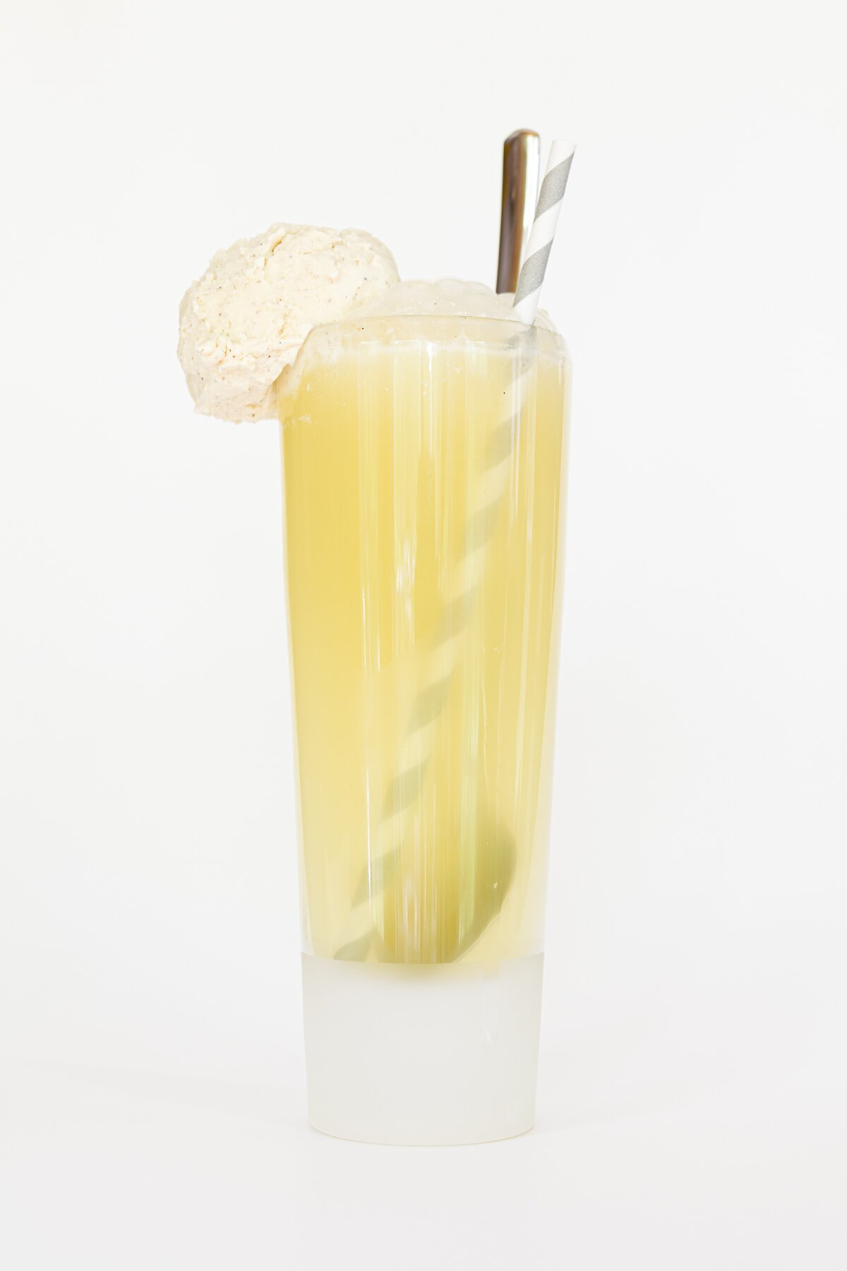 Limoncello Ice Cream Floats