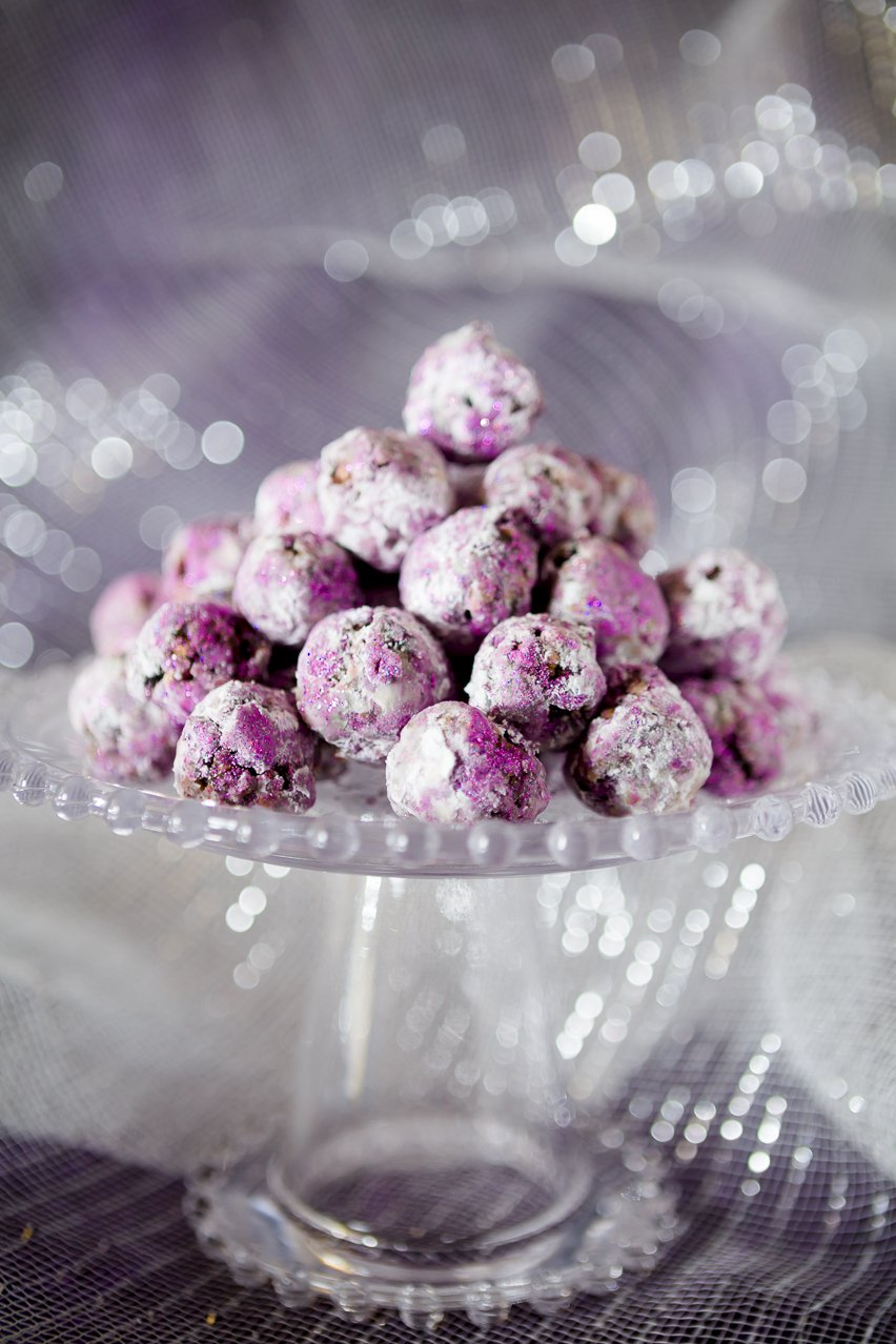 Sparkly Sugar Plums for Christmas | Cupcake Project