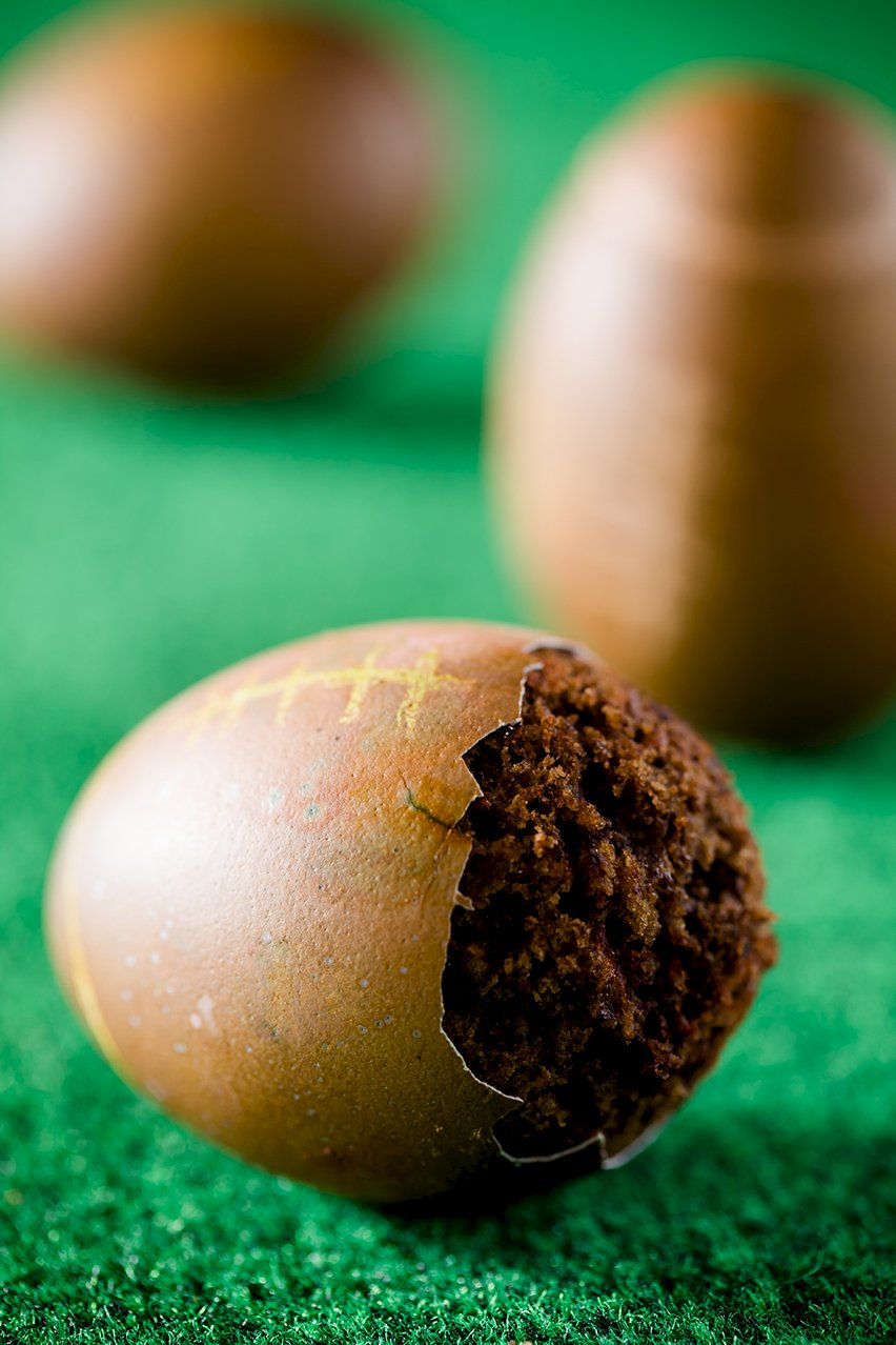 An Extreme Super Bowl Cupcake Makeover for Easter Eggs | Cupcake ...