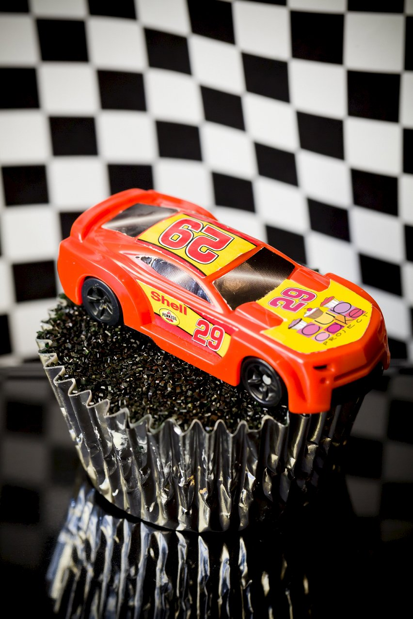 NASCAR Cupcakes – Salt and Vinegar Pork Rind Cupcakes with ...