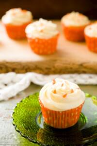Spring Carrot Cupcakes
