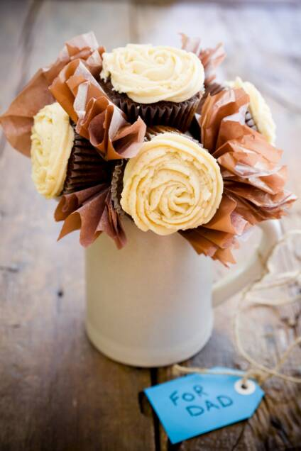 Father's Day Cupcake Bouquet (There's Beer in the Cupcakes!)