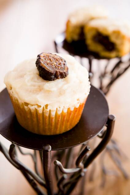 Figgin' Fantastic Paleo Diet Fig Newton Cupcakes (Gluten-Free)