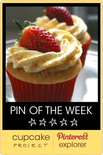 Strawberry Cheesecake Cupcakes from Doughmestic – Pin of the Week