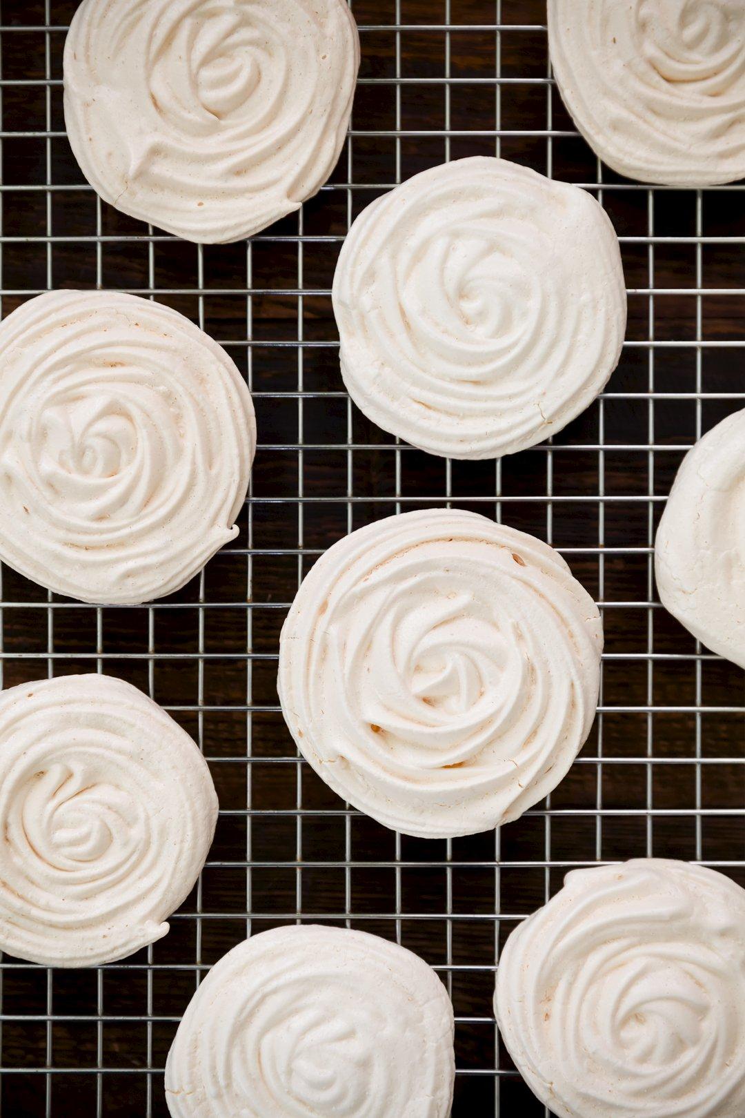Matzoh Popzoh – Matzoh Crack Passover Popsicles | Cupcake Project