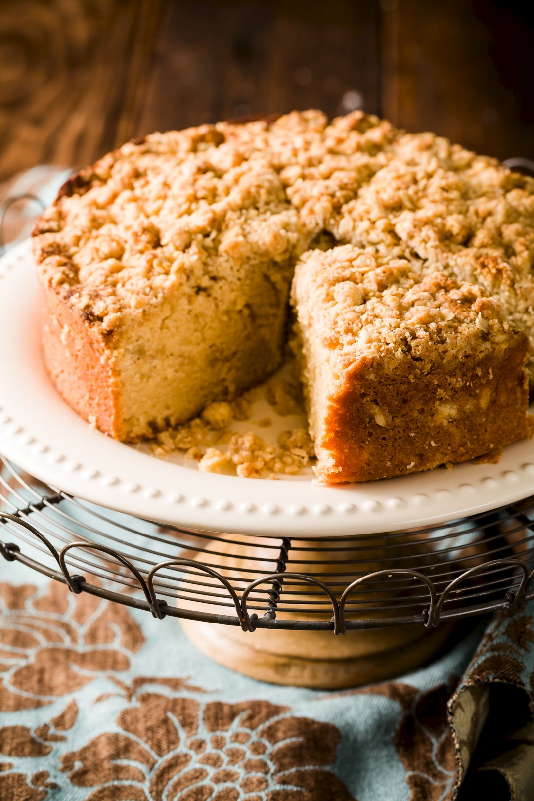 Crumb-Topped Sour Cream Coffee Cake