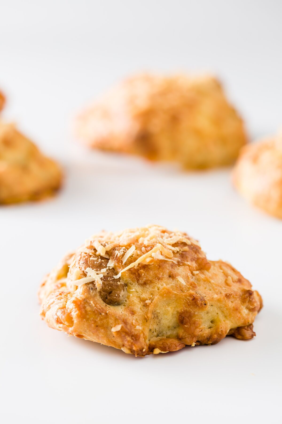 Savory Roasted Garlic and Potato Beer Cheese Scones