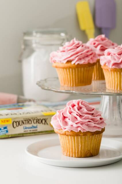 Fresh Ricotta and Lemon Curd Cupcakes with Raspberry Buttercream